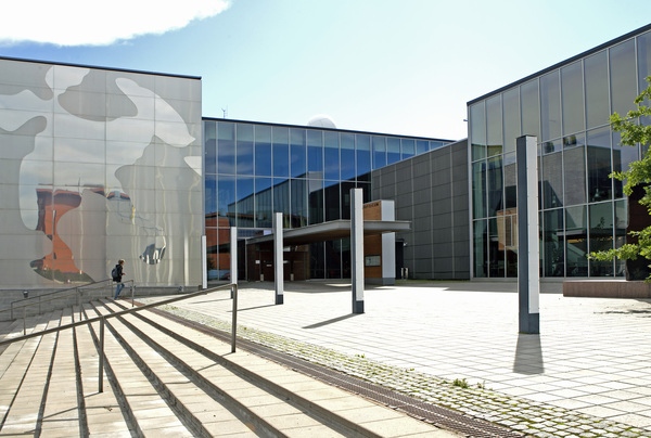 Picture of Physicum building